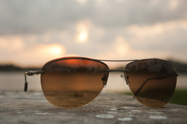 Eye Health. The sun's UV rays are damaging to your eyes and can cause age-related macular degeneration and cataracts. Wearing hats with protective brims and good quality sun glasses is essential.