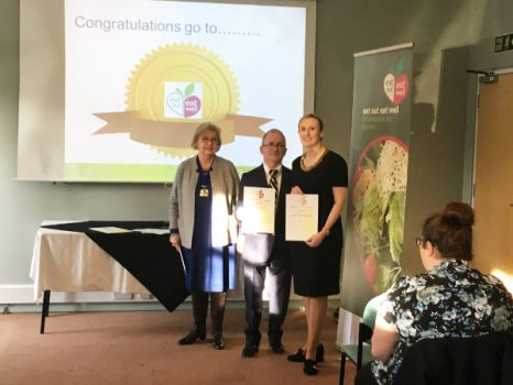 Reg and Alison Howe of Reg's Café with their Eat Out Eat Well Gold Awards presented by Cherwell District Council vice-chairman, Councillor Jolanta Lis