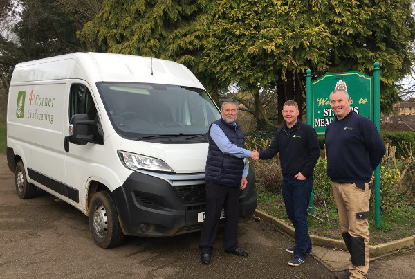 4th Corner Landscaping have been awarded Banbury Town Council's grounds maintenance contract under a five-year deal that begins on April 1.