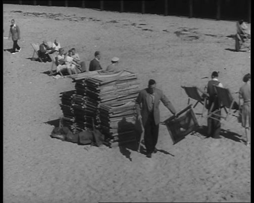 British Pathe Films: Here comes the Summer.