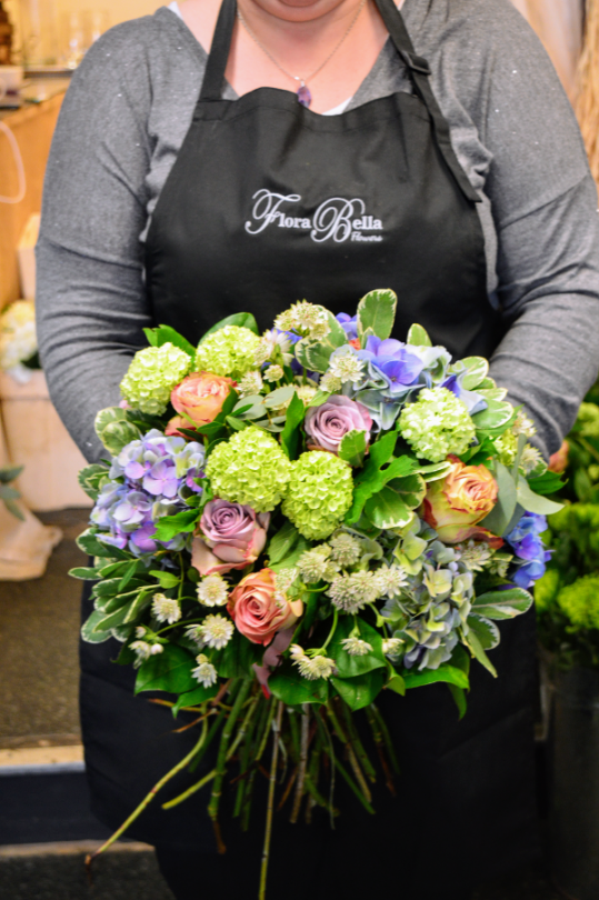 Flora Bella Flowers is the passion of husband and wife team Clair & Glenn Harding. Based in the market town of Banbury, Oxfordshire.
