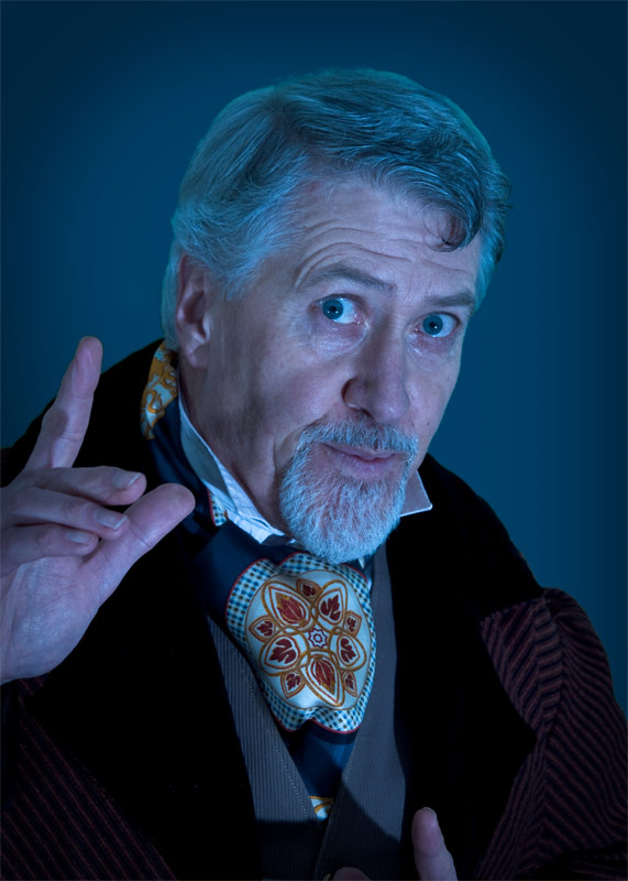 The fantastic James Hornsby as he presents his one-man show of Bram Stoker's 'Dracula'.
