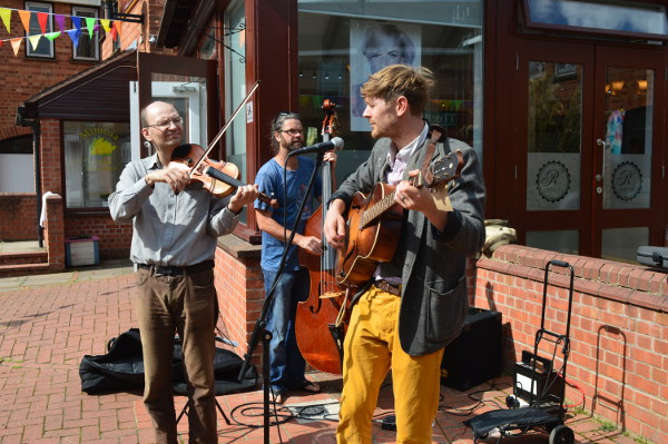 Banbury old town party brings a fiesta of fun.