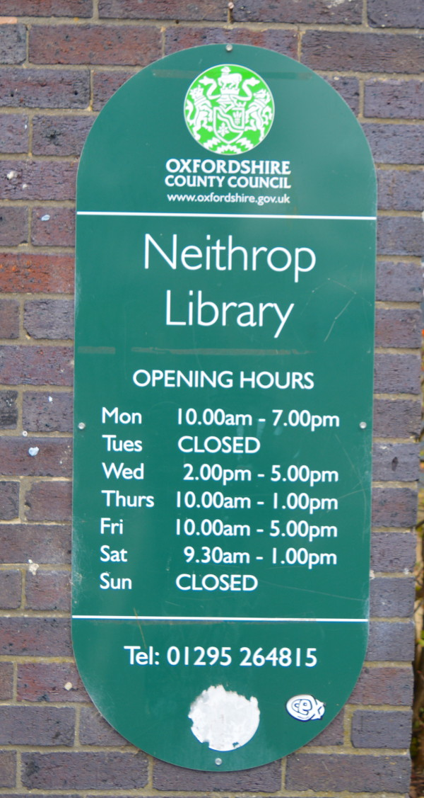 Neithrop Library joins national scheme to teach people how to use the internet