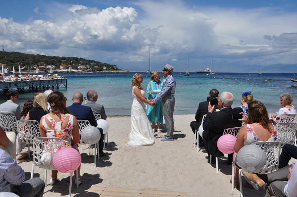 Plage Keller, on Cap d'Antibes wih Cherish-Ceremonies