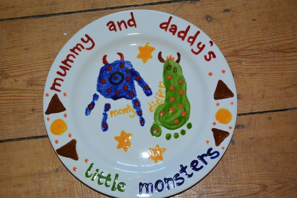 Pottery painting and hand and footprints - Hosted by Kids Corner Cafe and The bees knees pottery