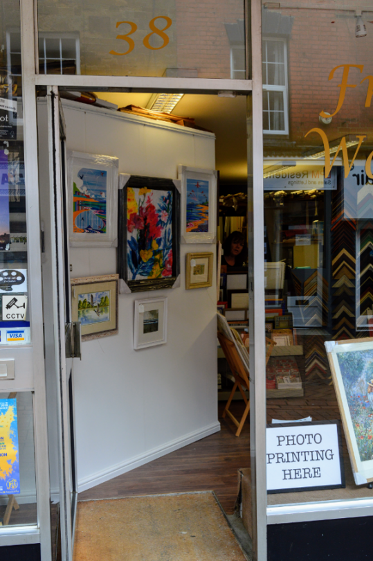 The Art Framing Workshop – art / photograph / memorabilia framed perfectly.