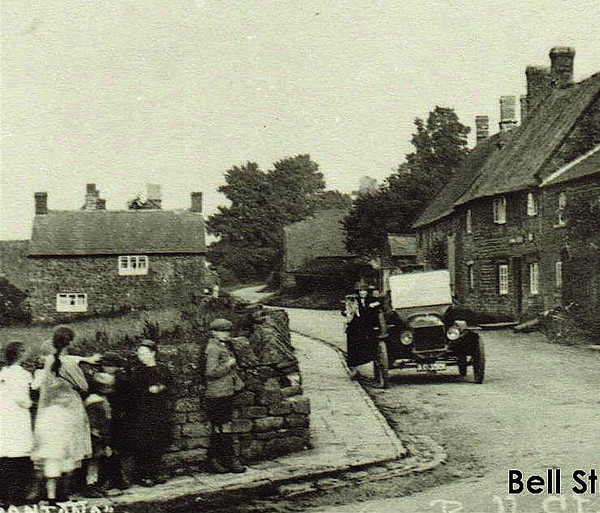 Making it Work: The Everyday History of a Banburyshire Village.