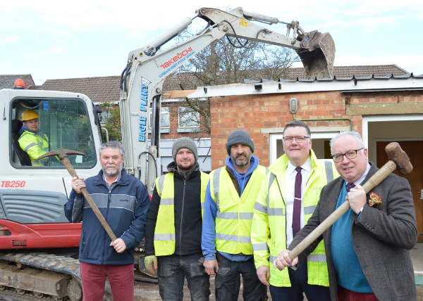 New toilet block and multi-purpose building for People's Park Banbury