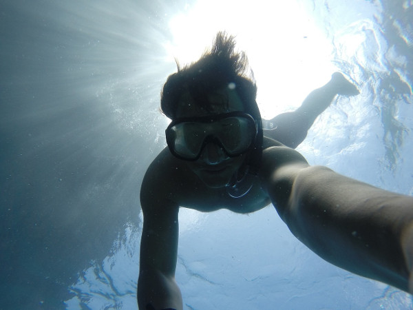 Underwater with a prescription diving mask