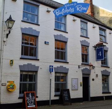 4 Ale & Gin, 4 Butchers Row, Banbury, Oxfordshire OX16 5JH
