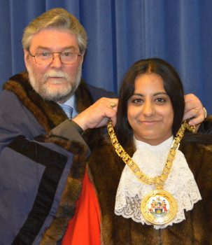 Banbury's new mayor is Cllr Shaida Hussain who took office at a traditional mayor-making ceremony at the town hall on Tuesday.