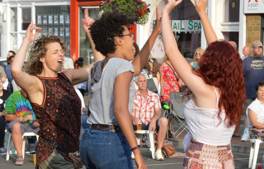 Banbury's first-ever music festival on Friday was a rock spectacular that had fans dancing in the street.