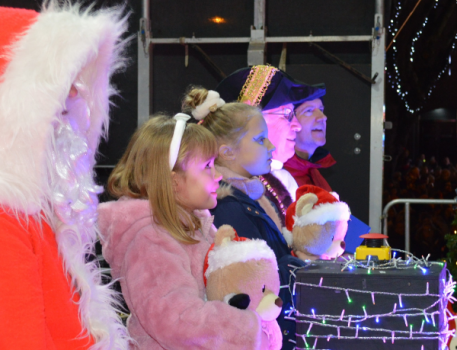 Banbury Christmas lights switch-on festival